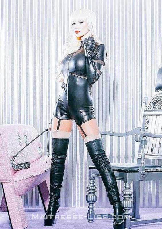Dominatrice sévère au téléphone - Maitresse Lise