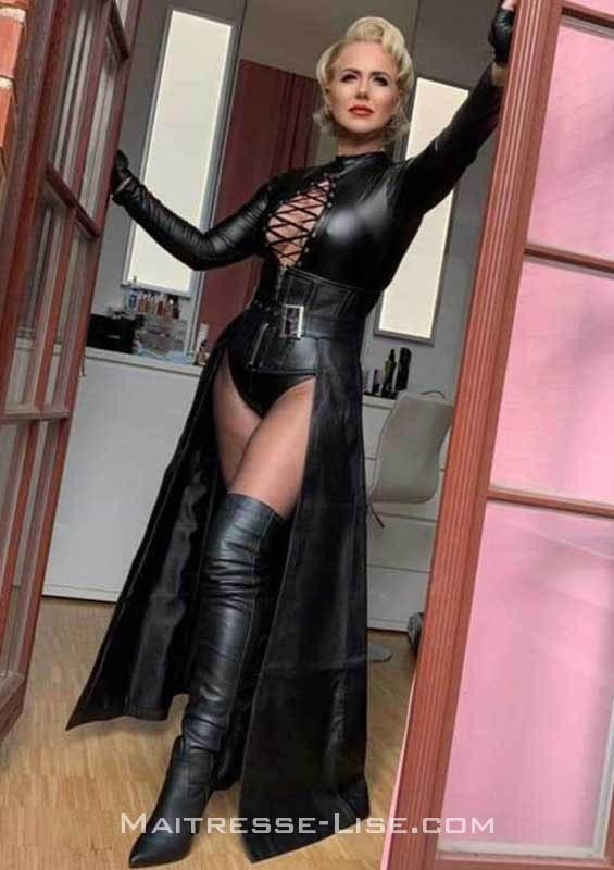 dominatrice hard - Maitresse Lise